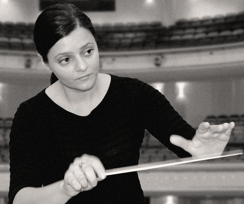 Luçik Aprahämian - Conductor
